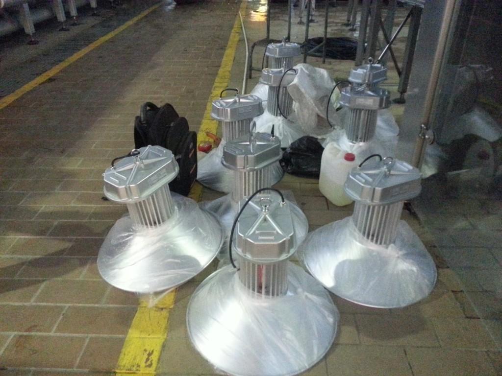 Hệ thống đèn chiếu sáng đèn led nhà xưởng