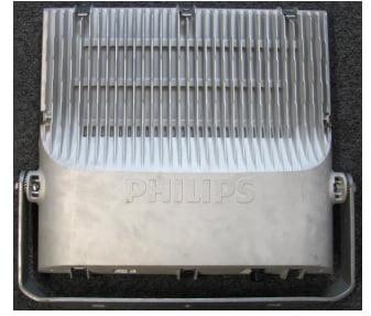 Mặt sau của sản phâm đèn led pha 55w BVP161 Philips
